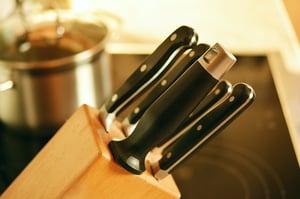 knife-block-kitchen