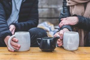 man-and-woman-having-a-tea-conversation-373970