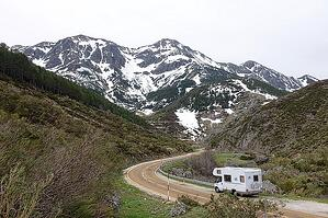 rv motorhome retirement vacation in the mountains