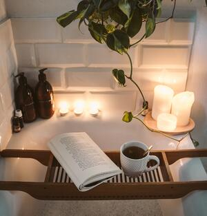 relaxing rewarding bubble bath