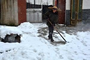 winter-shoveling-snow